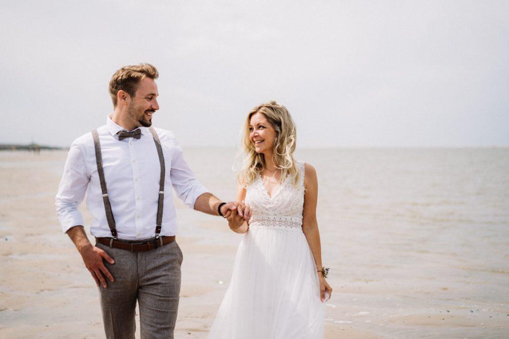 Brautpaar am Strand von Baltrum