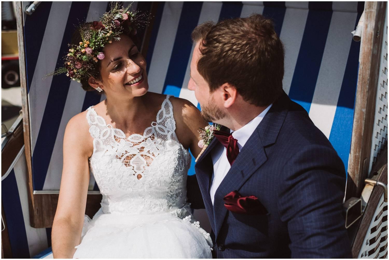 Brautpaar Im Strandkorb auf Norderney