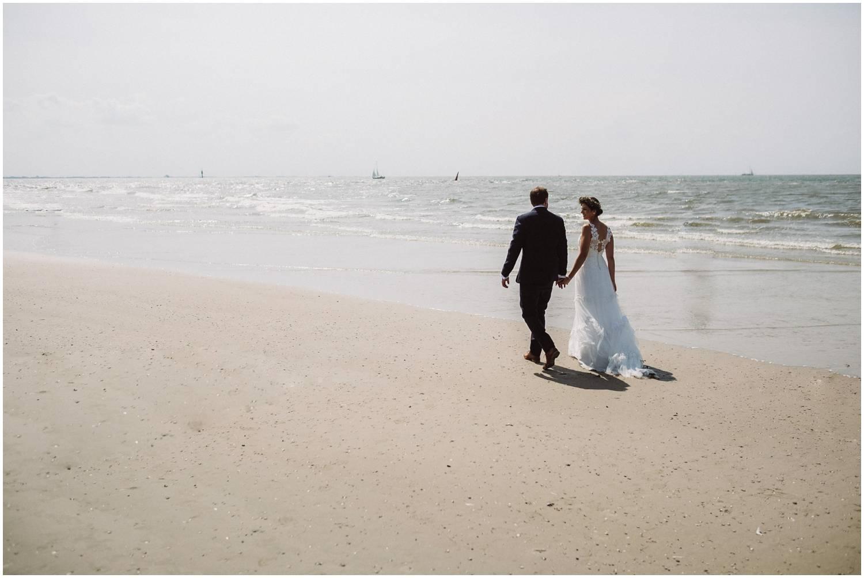 Hochzeitspaar an der weissen Düne Norderney